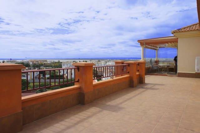 3 sypialnia Penthouse na sprzedaż w Isla Canela z basenem - 450 000 € (Ref: 3661552)