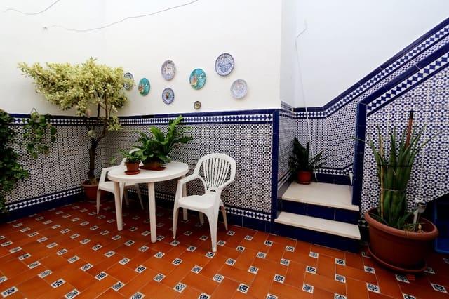 4 sovrum Radhus till salu i Ayamonte med garage - 145 000 € (Ref: 3661598)