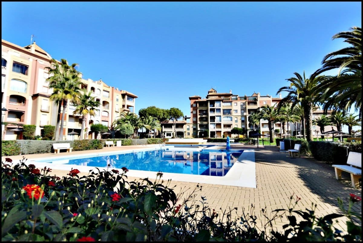 2 bedroom Apartment for sale in Isla Canela with pool - € 170,000 (Ref: 4965458)