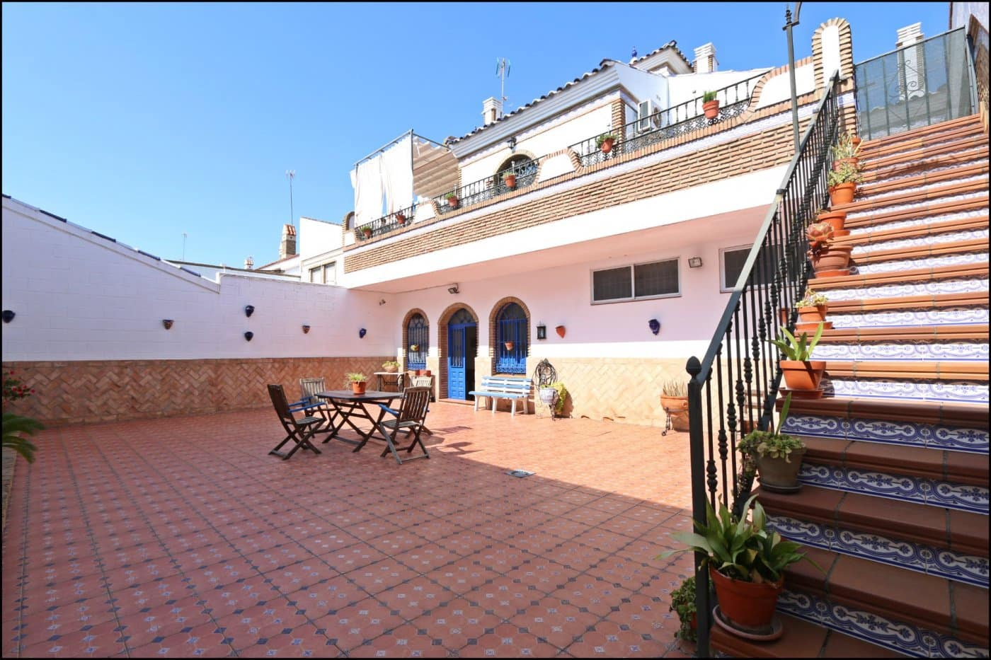 4 bedroom Villa for sale in Ayamonte with garage - € 320,000 (Ref: 6242434)
