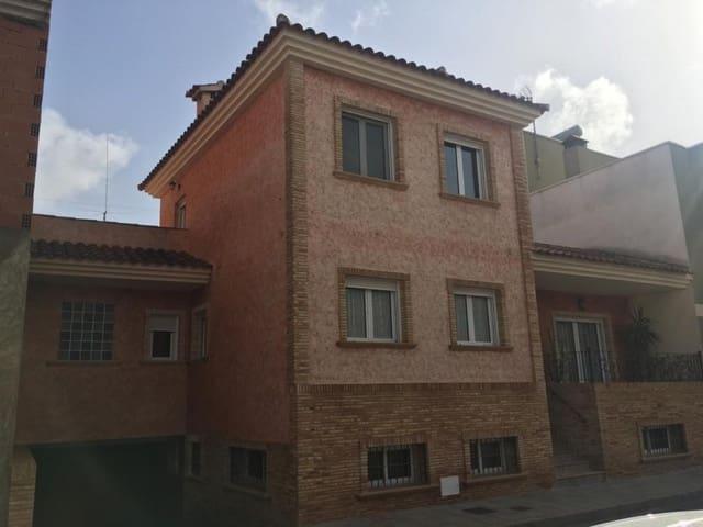 Chalet de 3 habitaciones en Heredades en venta con garaje - 395.000 € (Ref: 5082559)