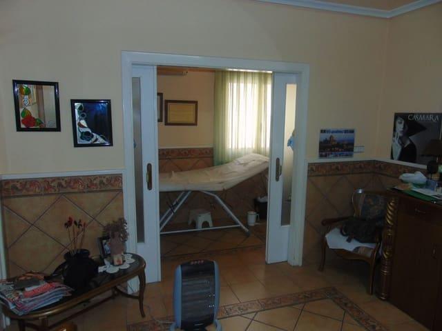 2 bedroom Flat for sale in Los Palacios - € 69,500 (Ref: 5546832)