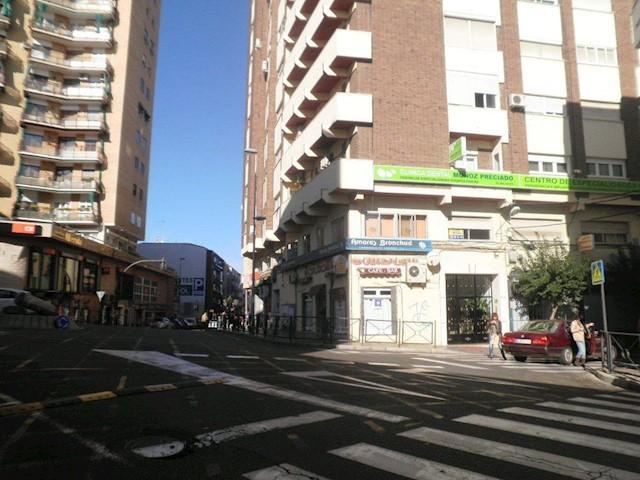 Kontor till salu i Merida - 65 000 € (Ref: 3631984)