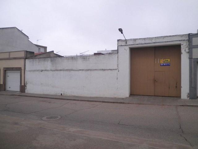 Teren niezagospodarowany na sprzedaż w Arroyo de San Servan - 90 000 € (Ref: 3631998)