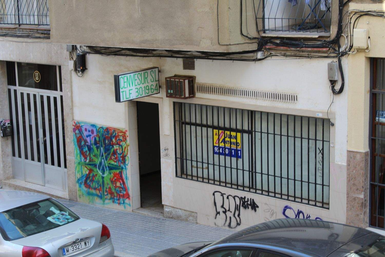 Commercial for sale in Merida - € 90,000 (Ref: 3962191)