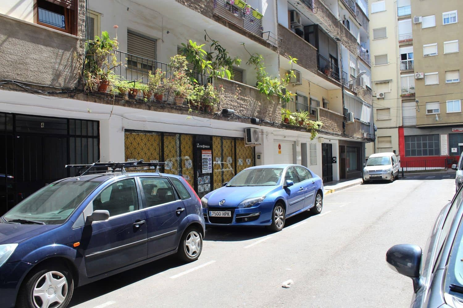 Commercial for sale in Merida - € 40,000 (Ref: 4106555)