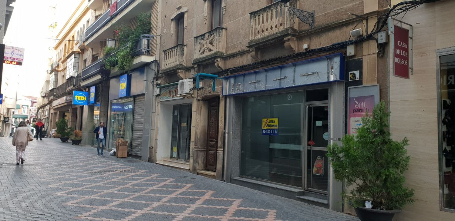 Commercial for rent in Merida - € 1,100 (Ref: 4349691)