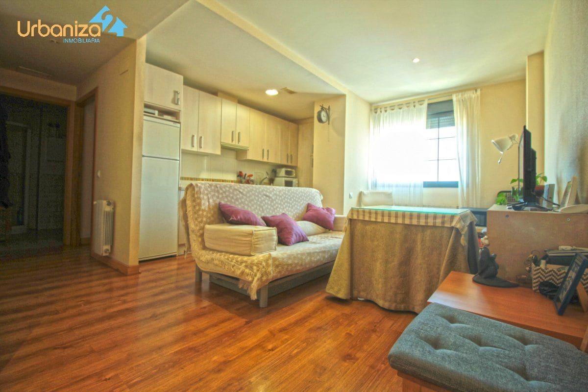 1 slaapkamer Appartement te huur in Badajoz stad met garage - € 440 (Ref: 3971968)