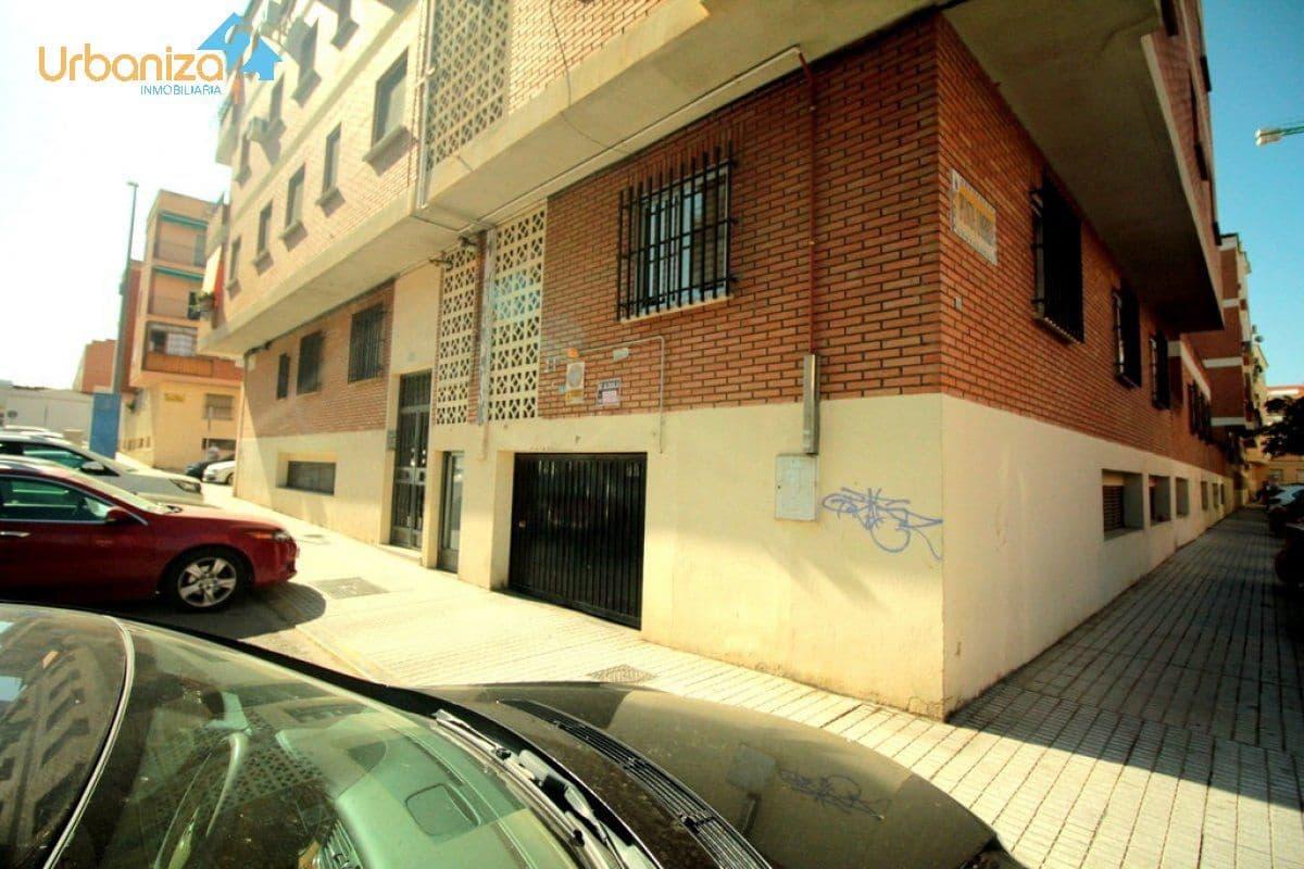 Garage à vendre à Badajoz ville - 14 000 € (Ref: 4748063)