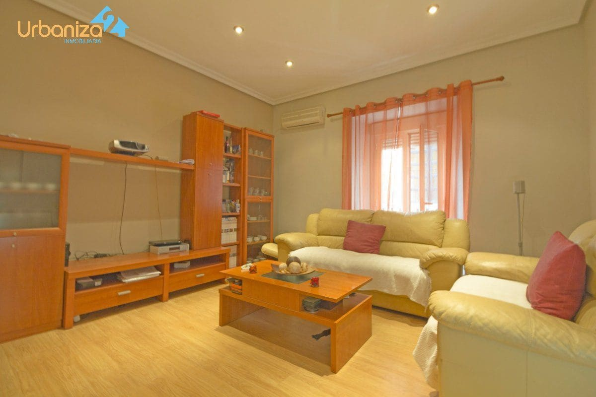 3 Zimmer Penthouse zu verkaufen in Badajoz Stadt - 153.900 € (Ref: 4867315)