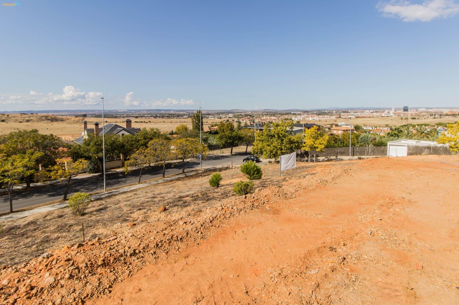 Solar/Parcela en Badajoz ciudad en venta - 295.000 € (Ref: 4891038)