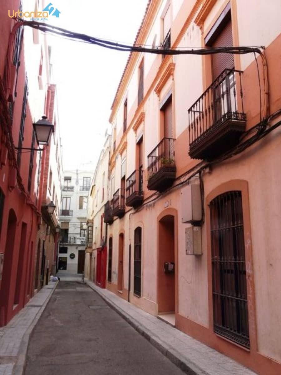 2 Zimmer Penthouse zu verkaufen in Badajoz Stadt mit Garage - 149.000 € (Ref: 5079734)