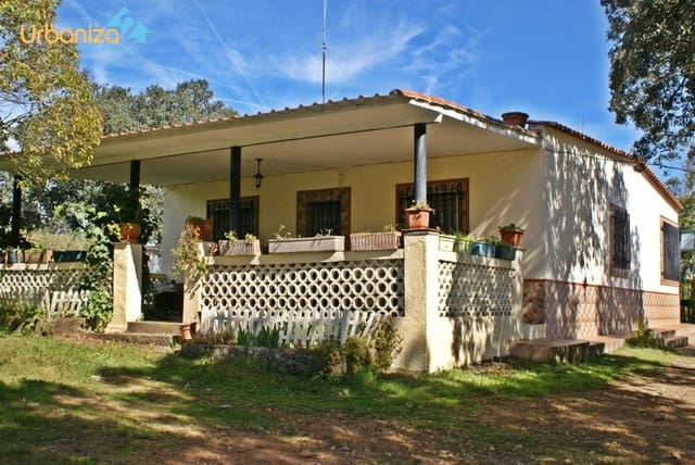 6 sovrum Villa till salu i Alburquerque med pool - 118 000 € (Ref: 5082427)