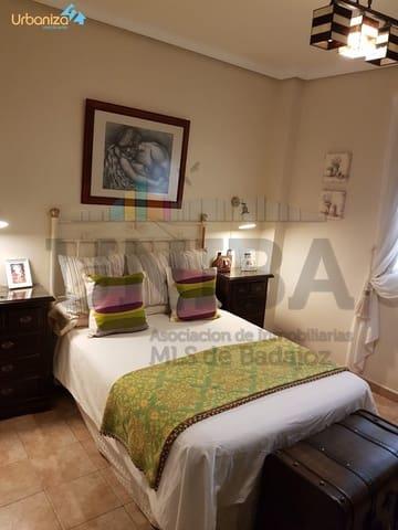Pareado de 4 habitaciones en La Albuera en venta con garaje - 145.000 € (Ref: 5209183)