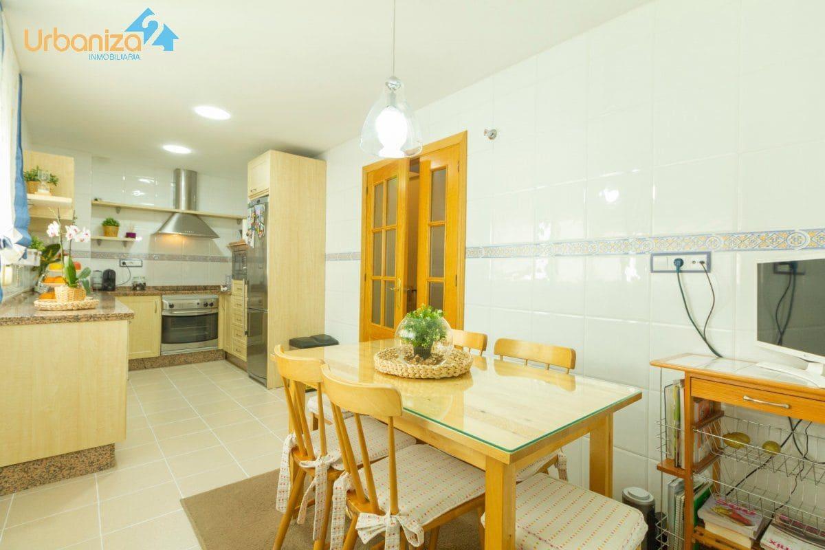 3 Zimmer Penthouse zu verkaufen in Badajoz Stadt mit Garage - 279.000 € (Ref: 5341638)