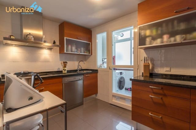 3 Zimmer Wohnung zu verkaufen in Badajoz Stadt mit Garage - 191.000 € (Ref: 5499418)