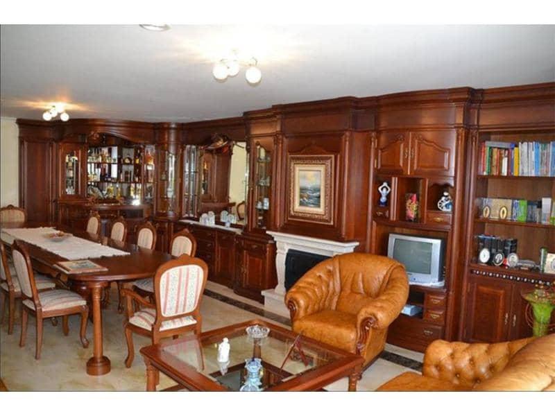 Piso de 3 habitaciones en A Estrada en venta con garaje - 260.000 € (Ref: 4802245)