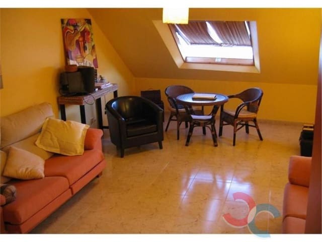 3 bedroom Penthouse for sale in Marin with garage - € 145,000 (Ref: 4803036)
