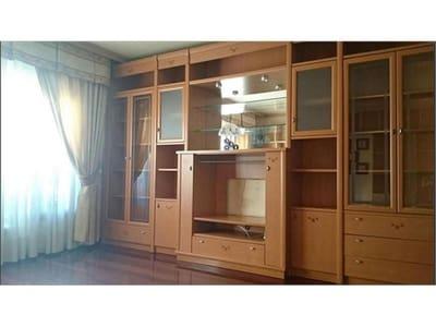 Piso de 4 habitaciones en Vilagarcía de Arousa en venta con garaje - 125.000 € (Ref: 4803039)