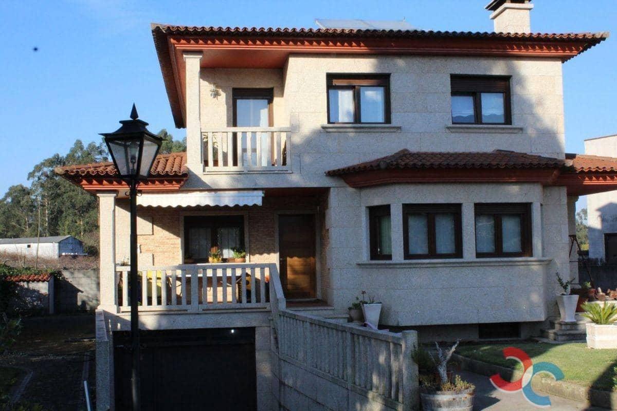 4 chambre Villa/Maison à vendre à Tomino avec piscine garage - 275 000 € (Ref: 4803373)
