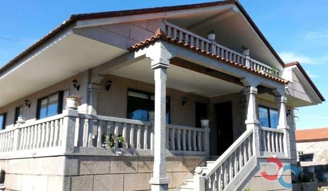 3 chambre Villa/Maison à vendre à Tui avec garage - 249 000 € (Ref: 4803428)