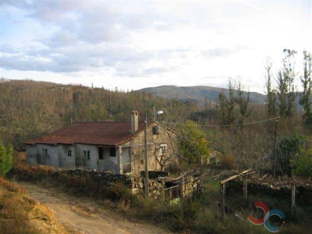 Casa de 4 habitaciones en Campo Lameiro en venta con garaje - 69.000 € (Ref: 4832923)