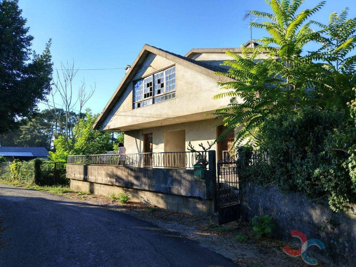 4 sovrum Hus till salu i Ponteareas med pool - 262 000 € (Ref: 5209695)