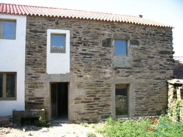 Casa de 3 habitaciones en Forcarei en venta con garaje - 99.000 € (Ref: 5209696)