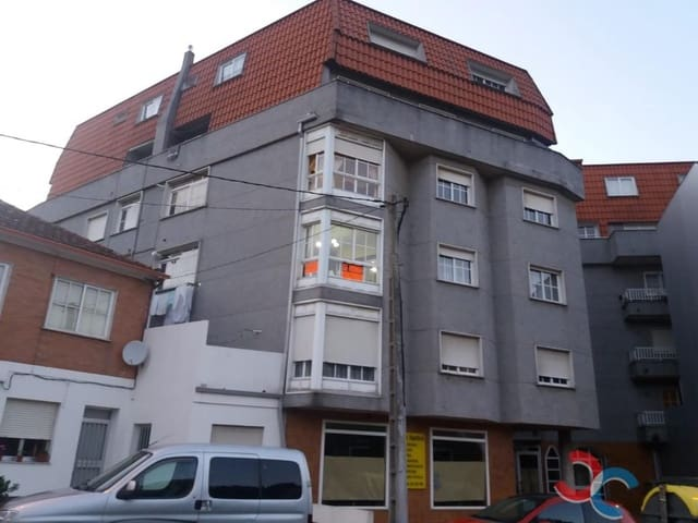 3 bedroom Flat for sale in Cangas with garage - € 170,000 (Ref: 5302103)