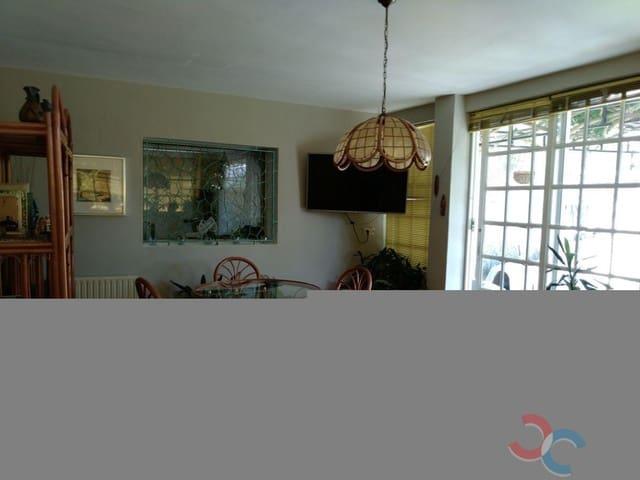 5 makuuhuone Huvila myytävänä paikassa Vilagarcia de Arousa - 300 000 € (Ref: 5302113)