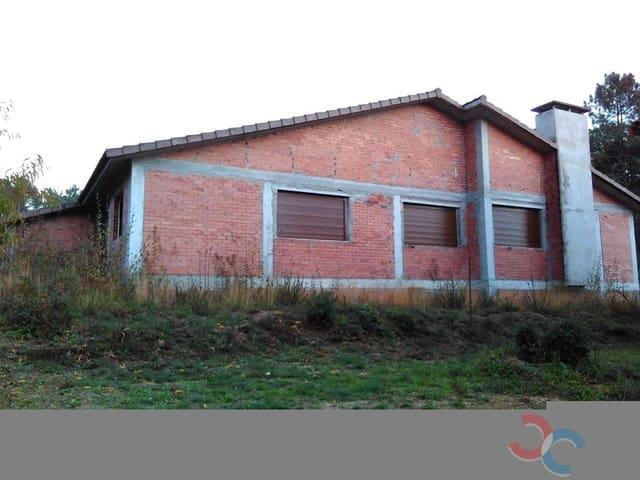 3 bedroom Townhouse for sale in Salvaterra de Mino - € 160,000 (Ref: 5327390)