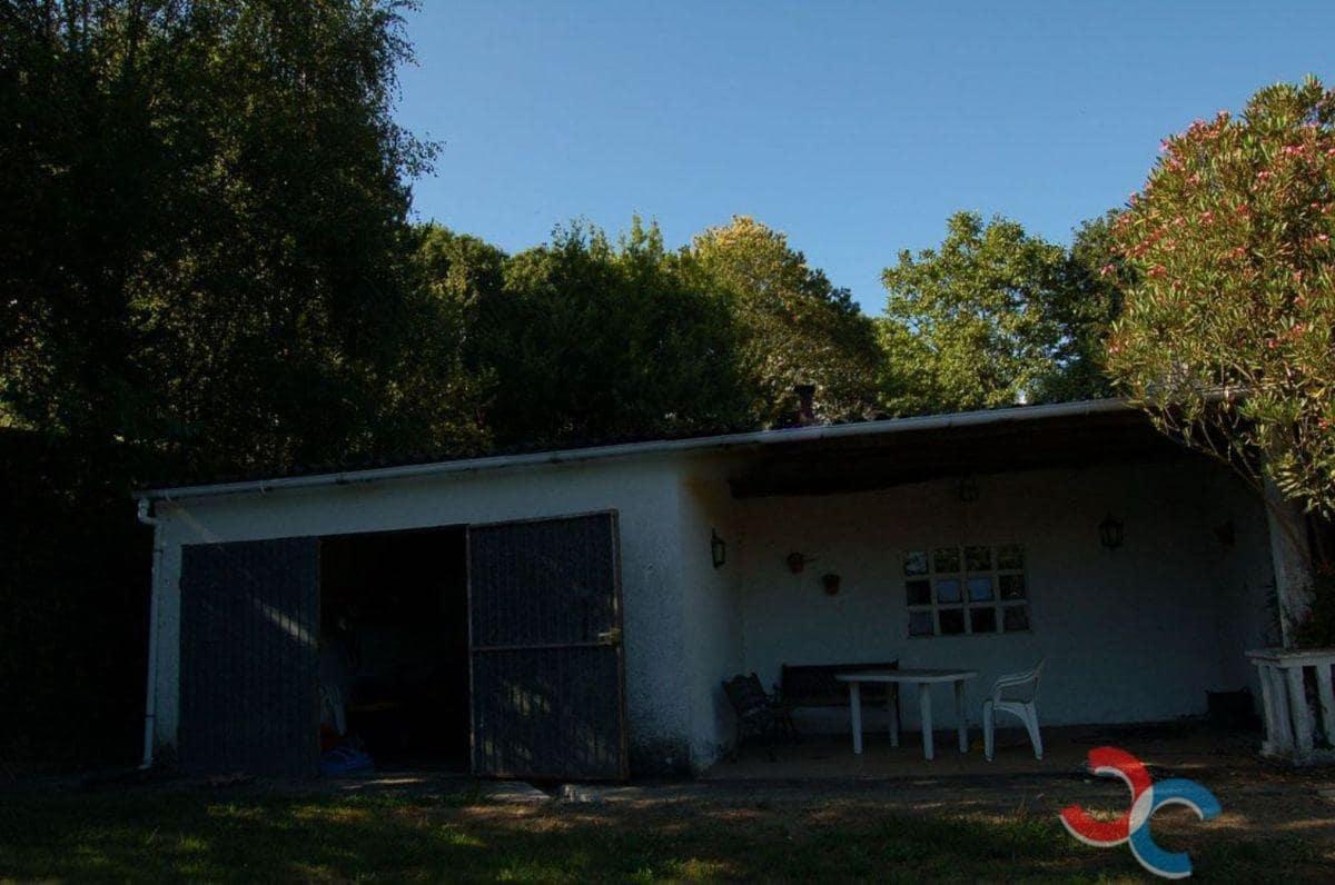 3 soveværelse Villa til salg i A Coruna by med swimmingpool - € 200.000 (Ref: 5469083)