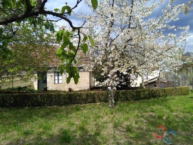 5 slaapkamer Huis te koop in Padrenda met garage - € 70.000 (Ref: 5592986)