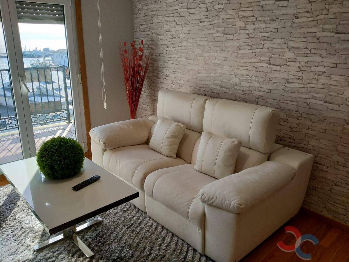 2 bedroom Penthouse for sale in Ribeira with garage - € 135,000 (Ref: 5956911)