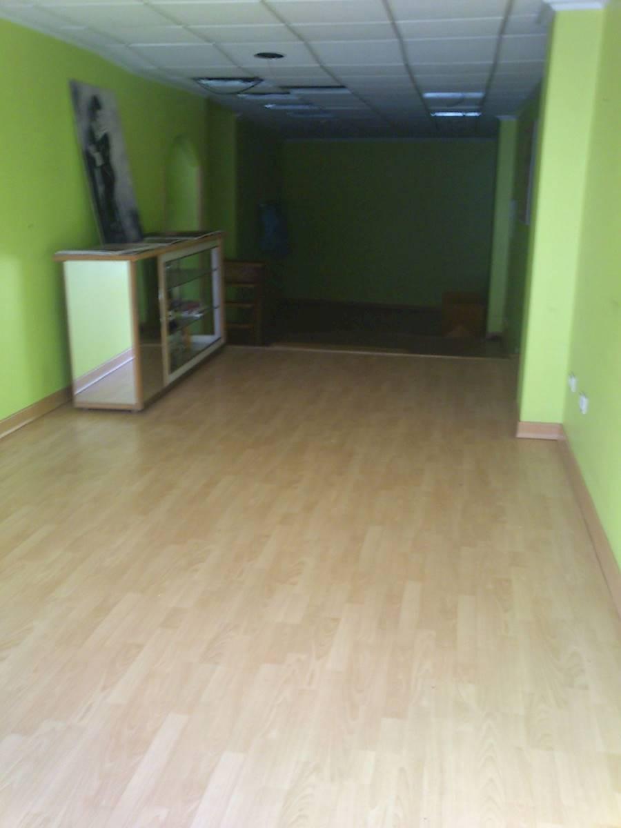 Commercial for rent in Sanxenxo - € 280 (Ref: 3634782)