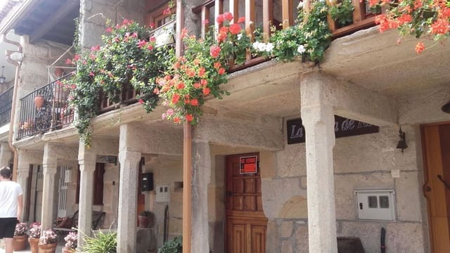 1 quarto Casa em Banda para venda em Poio - 190 000 € (Ref: 3634792)