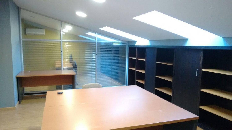 Escritório para arrendar em Pontevedra cidade - 800 € (Ref: 3671288)