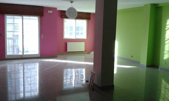Kontor til leje i Pontevedra by - € 650 (Ref: 3676702)
