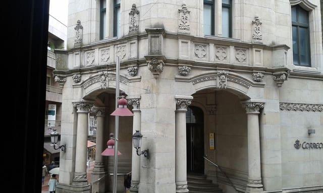 Escritório para arrendar em Pontevedra cidade - 1 800 € (Ref: 4588498)