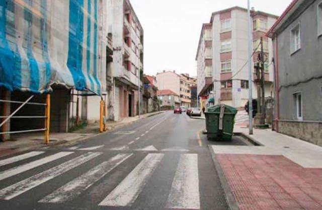 Ubebygd land til salgs i Pontevedra by - € 450 000 (Ref: 4825856)