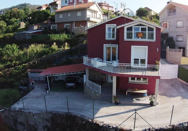 3 bedroom Villa for sale in Bueu with garage - € 290,000 (Ref: 5262249)