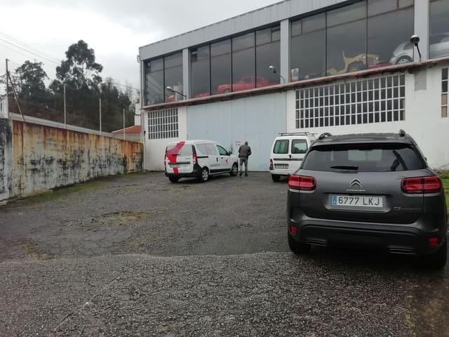 Kommersiell att hyra i Marcon - 2 000 € (Ref: 5803943)
