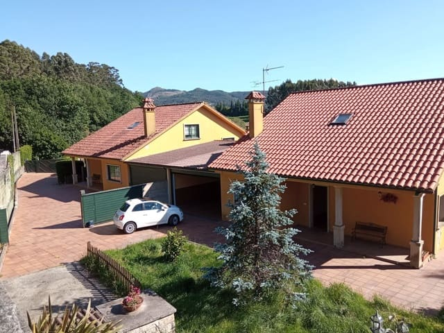 4 bedroom Villa for sale in Mourente with pool garage - € 330,000 (Ref: 6066825)