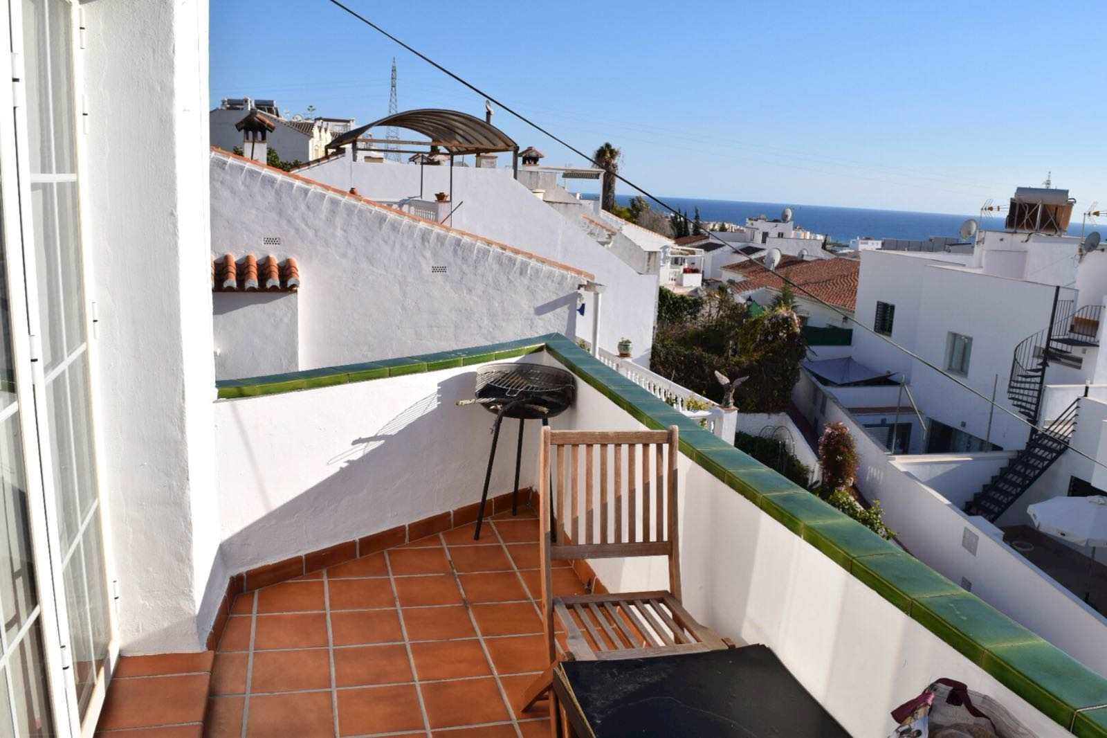 1 bedroom Beach Apartment for sale in Nerja with pool - € 135,000 (Ref: 3943759)