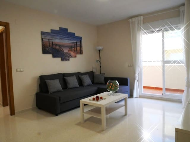 2 makuuhuone Asunto vuokrattavana paikassa Torrox mukana uima-altaan  autotalli - 600 € (Ref: 5945513)