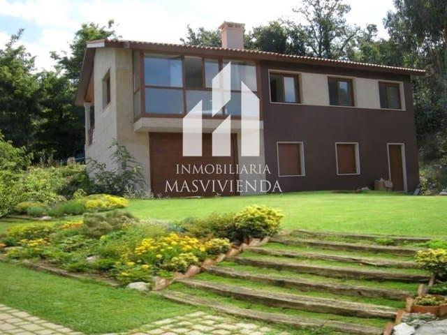Chalet de 3 habitaciones en Barro en venta con garaje - 198.000 € (Ref: 5619468)