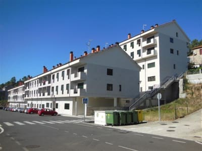 1 bedroom Apartment for sale in San Cibrao das Vinas - € 67,000 (Ref: 5227893)