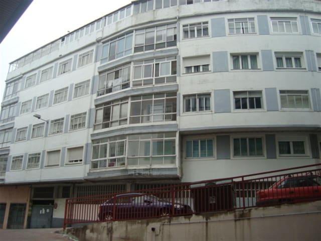4 makuuhuone Huoneisto myytävänä paikassa Lugo kaupunki - 80 000 € (Ref: 5510317)