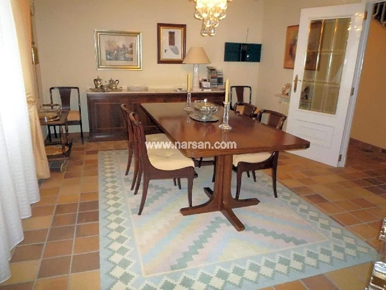 4 makuuhuone Huvila myytävänä paikassa Benicassim mukana uima-altaan - 900 000 € (Ref: 5625874)