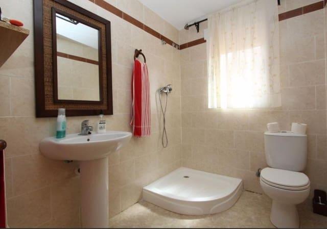 4 Zimmer Doppelhaus zu verkaufen in Costur mit Garage - 165.000 € (Ref: 3783184)